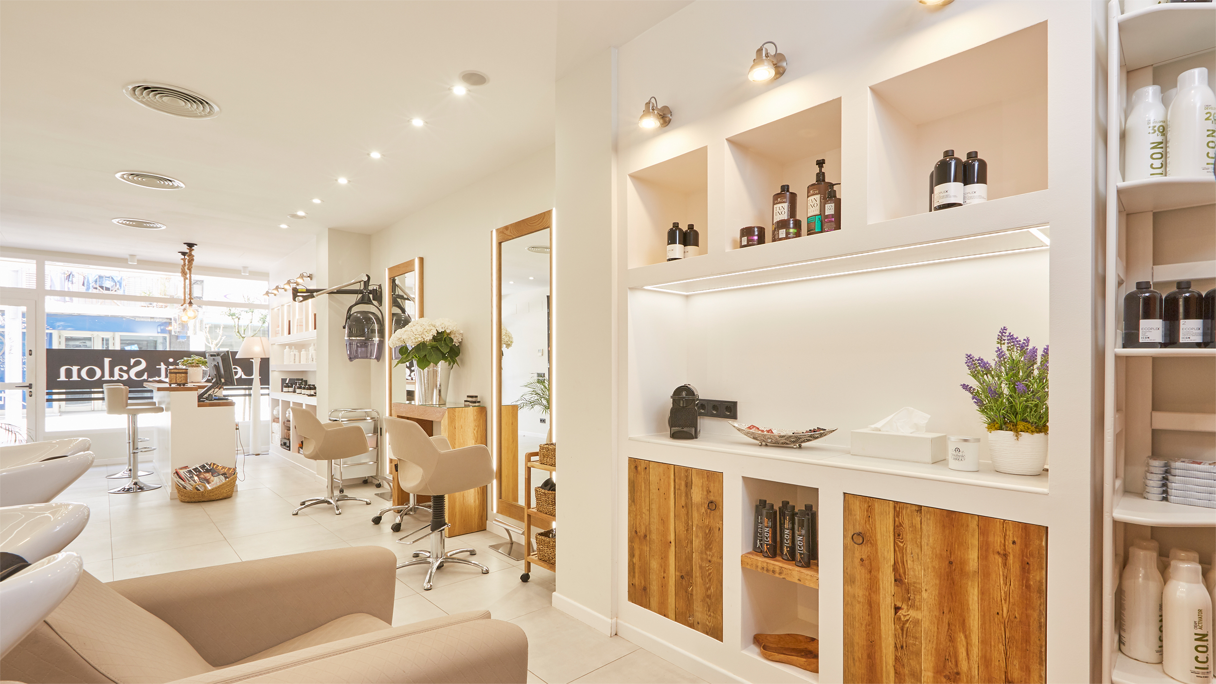 le petit salon ibiza peluquer a y sal n de belleza est tica caballero le petit salon ibiza. Black Bedroom Furniture Sets. Home Design Ideas